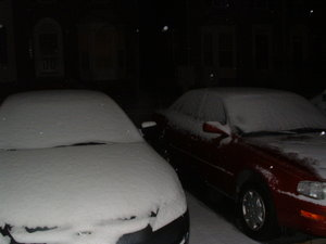 Cars_covered_in_snow